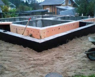 СНТ Камешки - монолитная плита с ростверком под дом из бруса