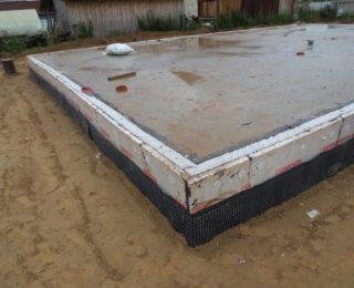 Орлино — цокольный этаж под дом из рубленного бревна с бассейном