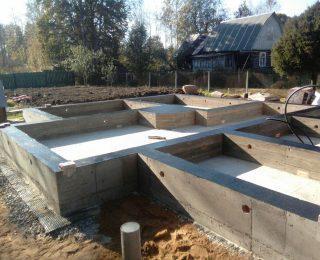 Васкелово — монолитная плита с ростверком под брусовый дом