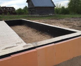 Бабино — лента мелкого заложения под деревянный дом и плита под гараж